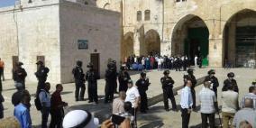 """الحكومة: اقتحامات """"الأقصى"""" جزء من مخططات الاحتلال لإشعال المنطقة"""