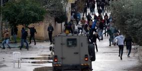 الاحتلال يعتدي على طلبة مدرسة اللبن الشرقية ويعتقل أحدهم