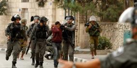 قوات الاحتلال تعتقل 11 مواطنا من الضفة الغربية