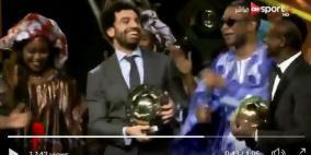 فيديو: رقصة محمد صلاح تشعل مواقع التواصل
