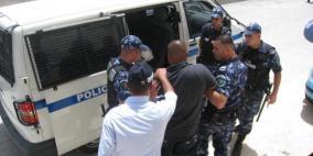 الشرطة تقبض على مشتبه به بسرقة 3 مركبات في الخليل