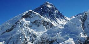 اكتشاف جبل صخري أعلى منإيفرست