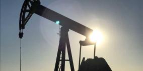 النفط يصعد إلى أعلى مستوى له خلال العام الجاري