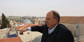 الاحتلال يبعد وزير شؤون القدس عن المسجد الاقصى