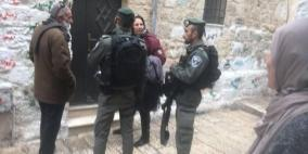 اعتقال 5 مقدسيين واصابة آخرين خلال مواجهات قرب الأقصى