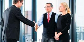 ما هي أهمية المظهر والملابس عند التقدم لوظيفة؟