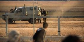 الاحتلال يعتقل شابا جنوب شرق قطاع غزة