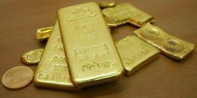 الذهب يقفز فوق 1300 دولار