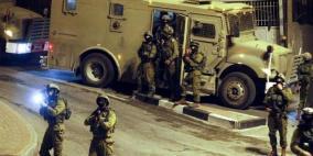اعتقالات تطال 15 مواطنا والاحتلال يزعم العثور على سلاح
