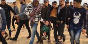 اصابة شاب شرق البريج واحراق خيمة عسكرية للاحتلال