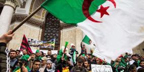 أكبر حليف للحزب الحاكم في الجزائر يوصي باستقالة بوتفليقة