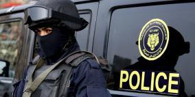 الشرطة تقبض على شخصين مشتبه بهما بارتكاب سرقات من داخل المركبات في رام الله