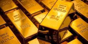 الذهب يحوم قرب أعلى مستوى في أسبوعين