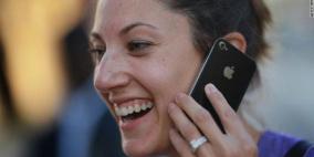 """هاتف آيفون القادم ينبهك لـ """"رائحتك الكريهة"""""""