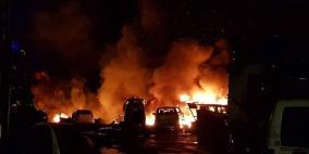 """اندلاع حريق ضخم في """"مشطب"""" للسيارات في برطعة غرب جنين"""