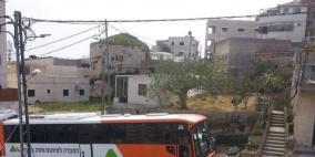 250 مستوطنا يقتحمون موقعا أثريا في قرية الجيب