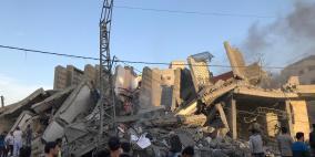 فيديو مروع.. الاحتلال يُدمر بناية سكنية غرب غزة