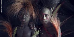 مصور بريطاني ينشر صورا لأكثر القبائل النائية حول العالم !
