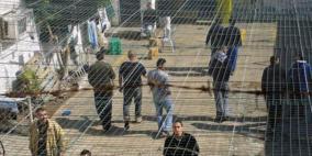 3 أسرى من الخليل يواصلون الإضراب المفتوح عن الطعام