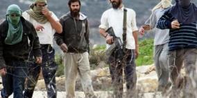 مستوطنون يرشقون مركبات المواطنين بالحجارة شمال نابلس