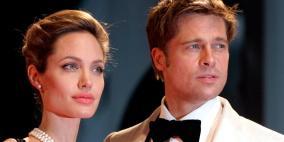 """براد بيت يهدد أنجلينا """"وقعي أوراق الطلاق وإلا!"""