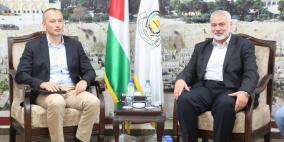 ميلادينوف يصل غزة ويعقد اجتماعا مع قادة حماس