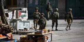 قوات الاحتلال اغلقت 512 محل تجاري في الخليل