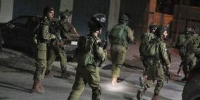 قوات الاحتلال تعتقل 16 مواطناً من الضفة بينهم فتية