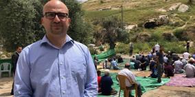 الاحتلال يفرج عن وزير شؤون القدس بعد اعتقاله لساعات