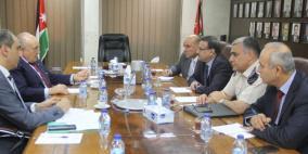 فلسطين والأردن تتفقان على آلية للحد من تهريب التبغ والسجائر