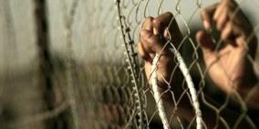 سبعة أسرى يوصلون الإضراب عن الطعام في معتقلات الاحتلال