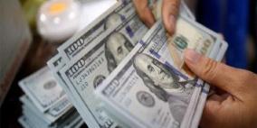 الدولار يواصل الهبوط مع توقعات خفض الفائدة