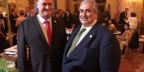 آل خليفة: إيران وحماس عقبة بوجه السلام مع إسرائيل