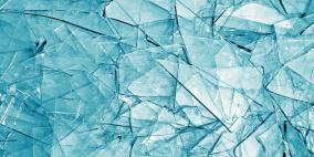 علماء يطورون زجاجاً غير قابل للكسر