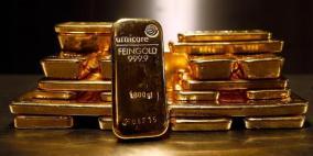 الذهب يرتفع بفعل بيانات ضعيفة من الصين تكبح الشهية للمخاطرة