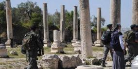 الاحتلال يدمر جزءا من مشروع سياحي قرب الموقع الأثري في سبسطية