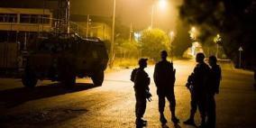 اعتقالات تطال 14 مواطنا من الضفة