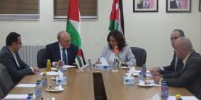 مذكرة تفاهم فلسطينية- أردنية لتوفير احتياجات السوق الفلسطينية من النفط