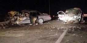 وفاة شاب وعدة إصابات بينها 3 حرجة في حادث سير