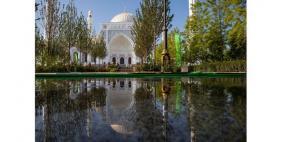 بالصور: افتتاح أكبر مسجد في القارة الأوروبية