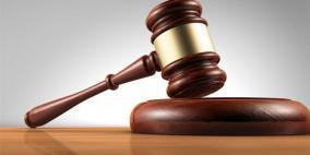 جنين: السجن 5 سنوات و5 آلاف دينار لمدان بتهمة بيع وتعاطي مواد مخدرة