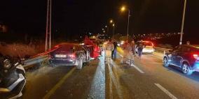 وفاة 4 مواطنين وإصابة 3 آخرين في حادث سير