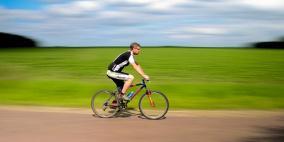 ممارسة الرياضة ربع ساعة يومياً يطيل العمر