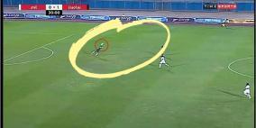 """فيديو- حارس مرمى مصري يقدم لقطة """"خرافية"""""""