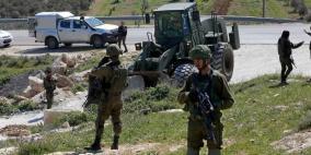 الاحتلال يجرف أراضي زراعية غرب بيت جالا