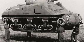 استخدم الحلفاء في الحرب العالمية الثانية بالونات على شكل دبابات للخداع