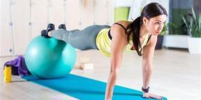 كرة التوازن تمرين شامل للجسم