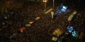 تظاهرات حاشدة في لبنان ودعوات للإضراب