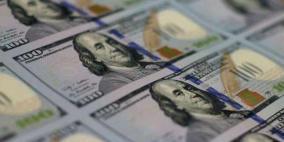 الدولار يتراجع بفعل توقعات الاتفاق التجاري