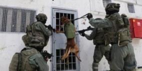 هيئة حقوقية توثّق تعرّض فتية للتعذيب الجسدي والنفسي خلال التحقيق